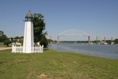 Bethel Bridge Lighthouse