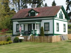 Browns Point Keepers House