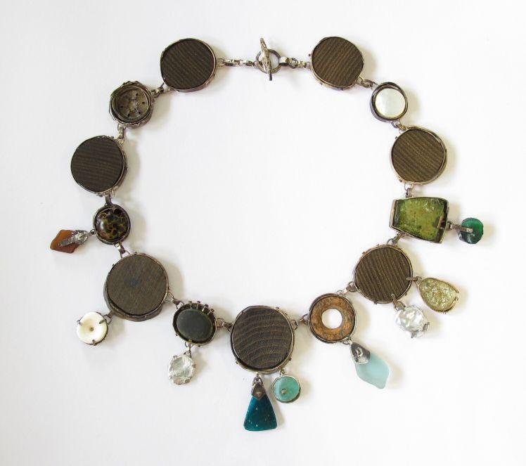 Jewelry sculpture